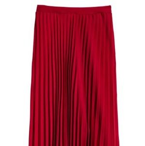H&M calf length pleated midi skirt- NEW WITH TAGS!